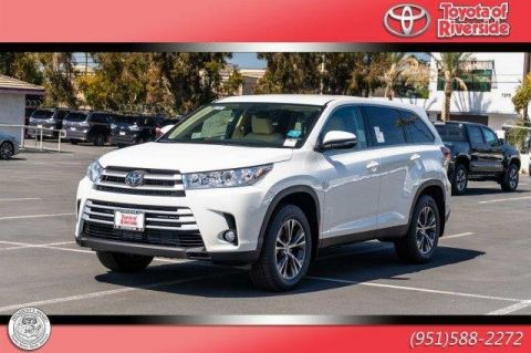 New 2019 Toyota Highlander LE PLUS 4W