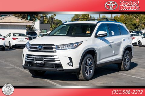 New 2019 Toyota Highlander XLE FWD