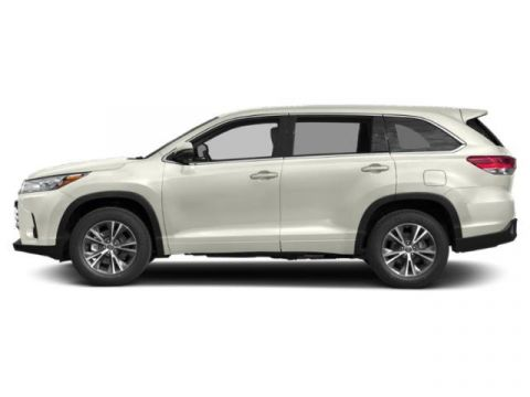 New 2019 Toyota Highlander LE FWD
